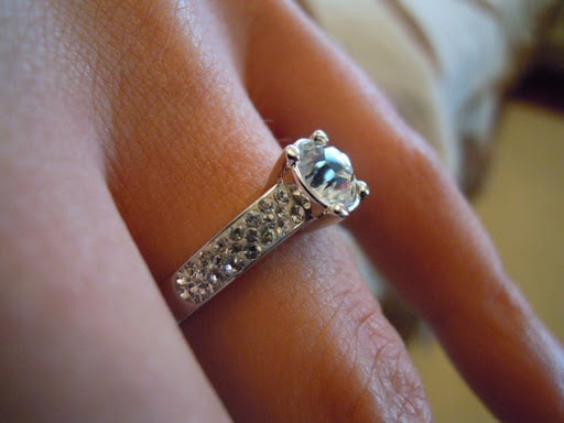 Top 5 Things to Know Before Getting an Appraiser for Your Diamond Jewellery